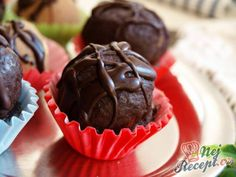 Recept Pralinky z kaštanového pyré hotové za 10 minut No Bake Cake, Muffin, Food And Drink, Cookies, Baking, Breakfast, Desserts, Presne Tak, Pastries