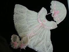 Mary Helen y crochet Artesanía trico: Vestidos bebe