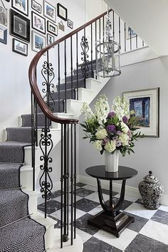 Traditional Staircase Design Ideas, Pictures, Remodel and Decor Stair Railing Design, Staircase Railings, Curved Staircase, Modern Staircase, Stairways, Staircase Ideas, Banisters, Iron Railings, Stair Decor