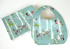Organic woodland forest creatures bib and burp cloth set - gender neutral - eco friendly - modern baby shower gift on Etsy, $20.00