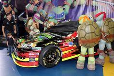 PHOTOS (Sept. 21, 2012): Turtle Power: Gordon unveils Charlotte scheme. More: http://www.hendrickmotorsports.com/news/photos/2012/09/20/Turtle-Power-Gordon-unveils-Charlotte-scheme#.