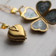Friends And Family Lockethttp://www.notonthehighstreet.com/silkpursesowsear/product/friends-and-family-locket