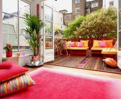 Apartment indoor/outdoor living - seamless