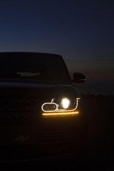 2013 Range Rover, lights at night