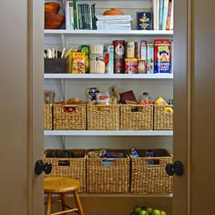 Innovative Kitchen Organization and Storage DIY Projects - Free Kitchen Pantry Organizing Label Printables Food Pantry Organizing, Pantry Storage, Kitchen Organization, Kitchen Storage, Organized Pantry, Pantry Shelving, Basket Organization, Organizing Ideas, Food Storage