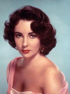 Elizabeth Taylor Hot | ... super popular actress Elizabeth Taylor hot pictures free download