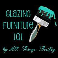 tutorial for glazing furniture I love to glaze and crackle paint furniture. Glazing Furniture, Paint Furniture, Furniture Projects, Furniture Making, Furniture Makeover, Diy Projects, Furniture Logo, Restoring Furniture, Furniture Refinishing