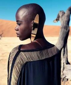 "Narcisse Magazine ""Those Without Shadows"" desert fashion editorial, accessories"