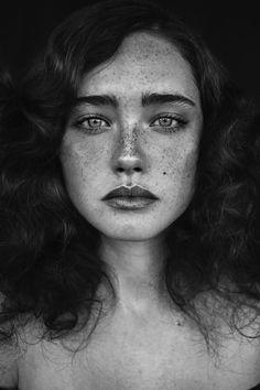 Nikola - Photography: Agata Serge Model: Nikola Mua: Anna Sokolowska