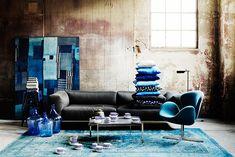 Decoración en azul y en texturas. . Para saber más: dhomeklub.com