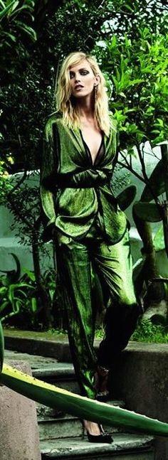 WONDERFUL SHADE OF GREEN ~~