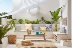 Saca partido a tu TERRAZA y JARDÍN Rooftop Design, Terrace Design, Patio Design, House Design, Terrace Decor, Beton Design, Outdoor Spaces, Outdoor Decor, Outdoor Living