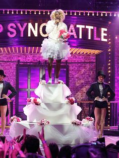 Still not over Deion Sanders wearing a wedding dress for his 'Like a Virgin' performance on Lip Sync Battle (Video) Lip Sync Battle, Song Artists, Prime Time, Tv Shows, Flower Girl Dresses, Concert, Wedding Dresses, Hockey, People