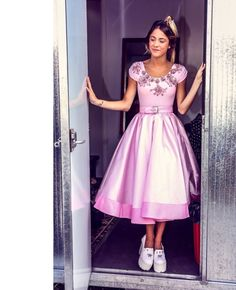 Violetta Live, Celebs, Princess, Formal, Dresses, Sebastian Yatra, Celebrity, Style, Collections
