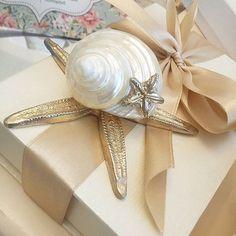 ΧΕΙΡΟΠΟΙΗΤΕΣ ΜΠΟΜΠΟΝΙΕΡΕΣ ΓΑΜΟΥ,ΜΕΤΑΛΛΙΚΟΣ ΧΡΥΣΟΣ ΑΣΤΕΡΙΑΣ,ΠΡΩΤΟΤΥΠΕΣ ΜΠΟΜΠΟΝΙΕΡΕΣ ΓΑΜΟΥ ΚΑΛΟΚΑΙΡΙΝΕΣ,ΚΑΛΕΣΤΕ 2105157506 Wedding Decorations, Gift Wrapping, Bridal, Gifts, Gift Wrapping Paper, Presents, Wrapping Gifts, Wedding Decor, Favors