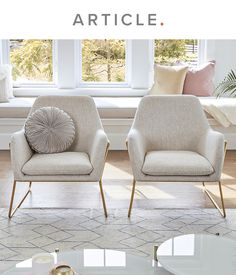 Accent Chairs For Living Room, Home Living Room, Living Room Designs, Living Room Decor, Bedroom Decor, Bedroom Chair, Elegant Living Room, Elegant Home Decor, Cozy Living