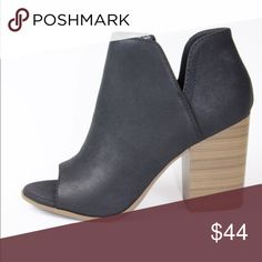 Adele black bootie These black booties with open toe and side zipper are perfect to complete your Fall look! Throw on some skinny jeans and a chunky sweater and you are ready to go! Soda Shoes Ankle Boots & Booties