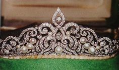 Antique Tiara of Marianne Bernadotte, Countess of Wisborg, Sweden (possibly 1924; pearls, diamonds).