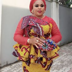 Looking for the latest aso ebi Ankara styles to rock this year . we get some lovely collection of Ankara styles that will make all the guest in the occasion to African Attire, African Wear, African Fashion Dresses, African Women, African Dress, Ankara Fashion, African Style, African Lace, African Design