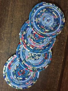Fabric Rope Clothesline Coasters by 3dogsdesignstudio on Etsy https://www.etsy.com/listing/232975393/fabric-rope-clothesline-coasters
