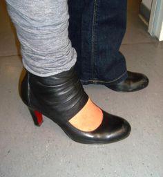 Meike Lotz-Kowal (Wissenschaftliche Volontärin) schreibt: Das sind meine Lieblingsschuhe, … weil sie einfach cool und sexy aussehen. Auch nach einem langen Arbeitstag oder nach einer Party noch super bequem sind. Aussehen wie Pumps und haben doch das gewisse Etwas.
