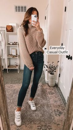Simple Outfits For School, Everyday Casual Outfits, Casual College Outfits, Cute Simple Outfits, Cute Comfy Outfits, Casual Fall Outfits, Girly Outfits, Back To School Clothes, Comfy College Outfit