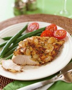 Almond Crusted Turkey - delicious, healthy option that is simple to prepare (+ only 300 calories per serving)