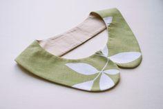 Green Leaves Collar