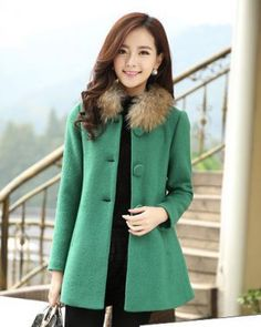 TC000801 Single-breasted thick woolen coat for women