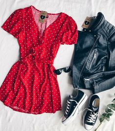 Uploaded by Tammy Hartil. Find images and videos about fashion, outfits and clothing on We Heart It - the app to get lost in what you love. Cute Casual Outfits, Cute Summer Outfits, Stylish Outfits, Spring Outfits, Casual Dresses, Teen Fashion Outfits, Mode Outfits, Outfits For Teens, Dress Outfits