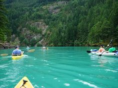 Great places to kayak in Washington such as Diablo Lake and Lake Union