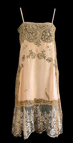 ❤ Delicate 1920's French silk and lace slip - http://www.vintagetextiles.con