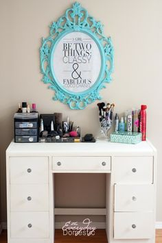 Dingy Desk to Vivacious Vanity with Country Chic Paint Simplicity.