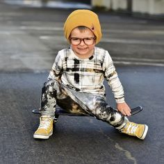 Hipster Kids Clothes, Cool Kids Clothes, Kids Clothing, Little Boy Fashion, Toddler Fashion, Kids Fashion, Toddler Outfits, Baby Boy Outfits, Kids Outfits