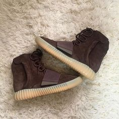 b95a2aef868 Mens size Adidas Yeezy Boost 750 Light Brown   Chocolate unauthorized shoes