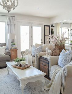 Adorable 35 Modern Farmhouse Living Room Decor Ideas That On A Budget Rustic Living Room Furniture, Chic Living Room, Living Room Modern, Living Room Designs, Living Room Decor, Small Living, Dining Rooms, Cozy Living, Living Room With Chairs
