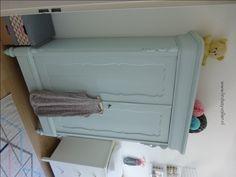 Babykamer In Nisje : Beste afbeeldingen van meubeltjes playroom baby bedroom en