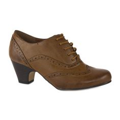 11418 Womens Tan Brogue Shoe with Lace Up Fastening, Punched Pattern and Stitching and Panel Detail on a Meduim Brown Heel.  £14.99 www.steadandsimpson.com #womens #autumn #preview #autumnal #brogue #heeled #laced #tan