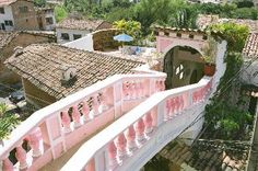 Another view of the pink bridge that connects Elizabeth Taylors house to Richard Burtons in Puerto Vallarta, Mexico.