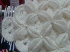 Flower Stitch Step By Step Tutorial - Diy Crafts - maallure Baby Girl Crochet Blanket, Crochet Blanket Patterns, Crochet Motif, Crochet Shawl, Crochet Stitches, Crochet Videos, Baby Knitting, Crochet Projects, Crafts