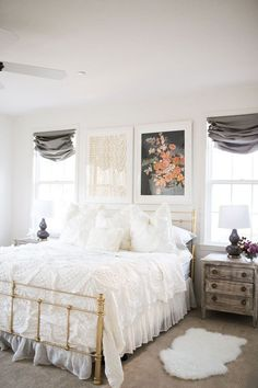 Rustic chic bedroom white walls and white ruffled linens shabby chic rustic master bedroom . Chic Master Bedroom, Bedroom Setup, Master Bedroom Makeover, Boho Bedroom Decor, Shabby Chic Bedrooms, Small Room Bedroom, Master Bedroom Design, White Bedroom, Bedroom Rustic