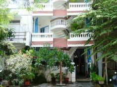 Pondicherry L'escale Guest House India, Asia Ideally located in the prime touristic area of White Town / French Colony, L'escale Guest House promises a relaxing and wonderful visit. Offering a variety of facilities and services, the hotel provides all you need for a good night's sleep. All the necessary facilities, including free Wi-Fi in all rooms, 24-hour room service, Wi-Fi in public areas, room service, airport transfer, are at hand. Each guestroom is elegantly furnished a...