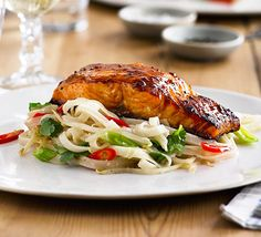 Grilled miso salmon with rice noodles: Glaze succulent salmon fillets, then serve on a bed of noodles and beansprouts for an easy and quick dinner party main Grilling Recipes, Fish Recipes, Seafood Recipes, Cooking Recipes, Cooking Time, Recipies, Bbc Good Food Recipes, Easy Healthy Recipes, Vegetarian Recipes