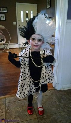 Cruella deville dalmatian halloween costume contest at costume cruella deville costume solutioingenieria Image collections