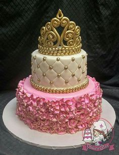 Pink, white and Gold Princess Baby Shower Cake with Detailed Tiara. Everything edible, of course! 18th Birthday Cake For Girls, Cute Birthday Cakes, Beautiful Birthday Cakes, Beautiful Cakes, Baby Shower Princess, Baby Princess, Bolo Barbie, Tiara Cake, Quince Cakes