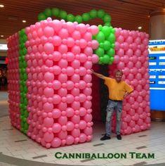 """balloon sculpture cake"" 15 year - Google Search Christmas Balloons, Balloon Wall, Winter Theme, Balloon Decorations, Centerpieces, Birthdays, Photos, Sculpture, My Favorite Things"