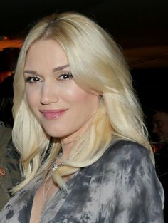 Gwen Stefani has had platinum blonde hair for years and it's easy to understand why Gwen never changes – it works for her. Her complexion is completely flawless and gorgeously fair, making white blonde hair a winner on her.