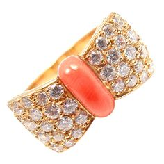 VAN CLEEF & ARPELS Diamond Coral Bow Yellow Gold Ring