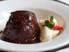Buonissimo il budino al cioccolato Bimby, hai mai provato a prepararlo? Pochi ingredienti e semplici passaggi per un dessert delizioso!