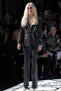 Atelier Versace Spring 2013 Couture Collection Slideshow on Style.com. ~        DESIGNER, HERSELF❗️